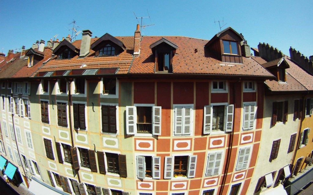 chuuut-gite-urbain-rue-carnot-immeubles-historiques-annecy
